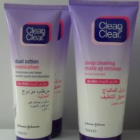 Clean and Clear Dual Action Moisturiser