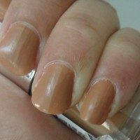 The Body Shop Caring Caramel Nail Color