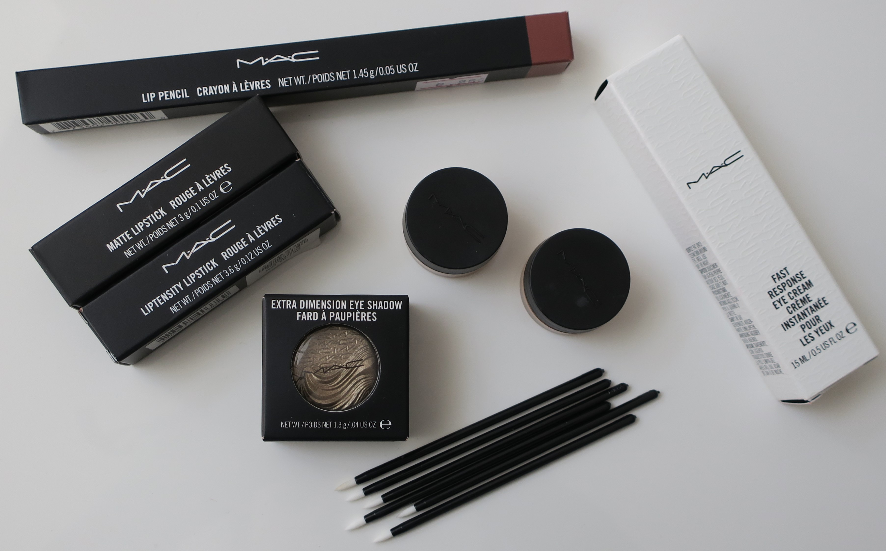 I know I've stated time and time again that I'm so over Lip Liners. In fact, I'm planning on getting rid of all of the Lip Liners I currently ...